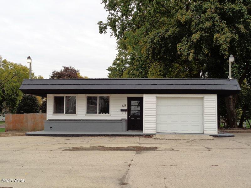 428 E Blue Earth Ave, Fairmont, MN 56031