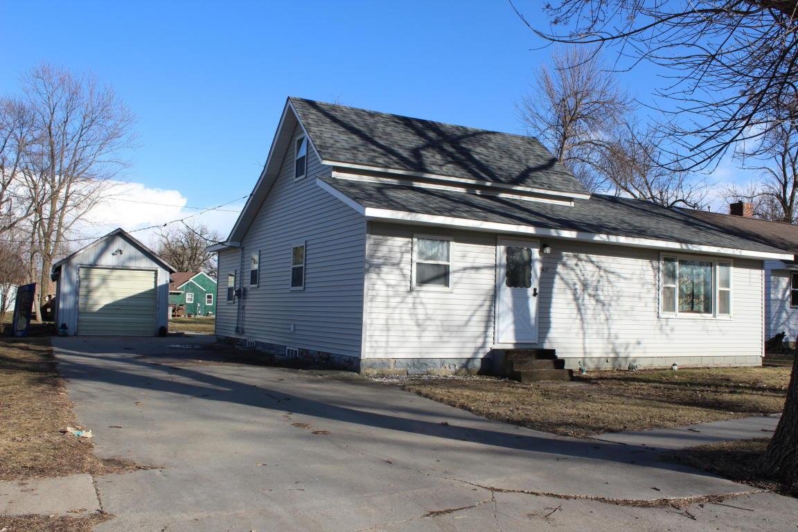 Photo of 417 Rohrer Street  Round Lake  MN