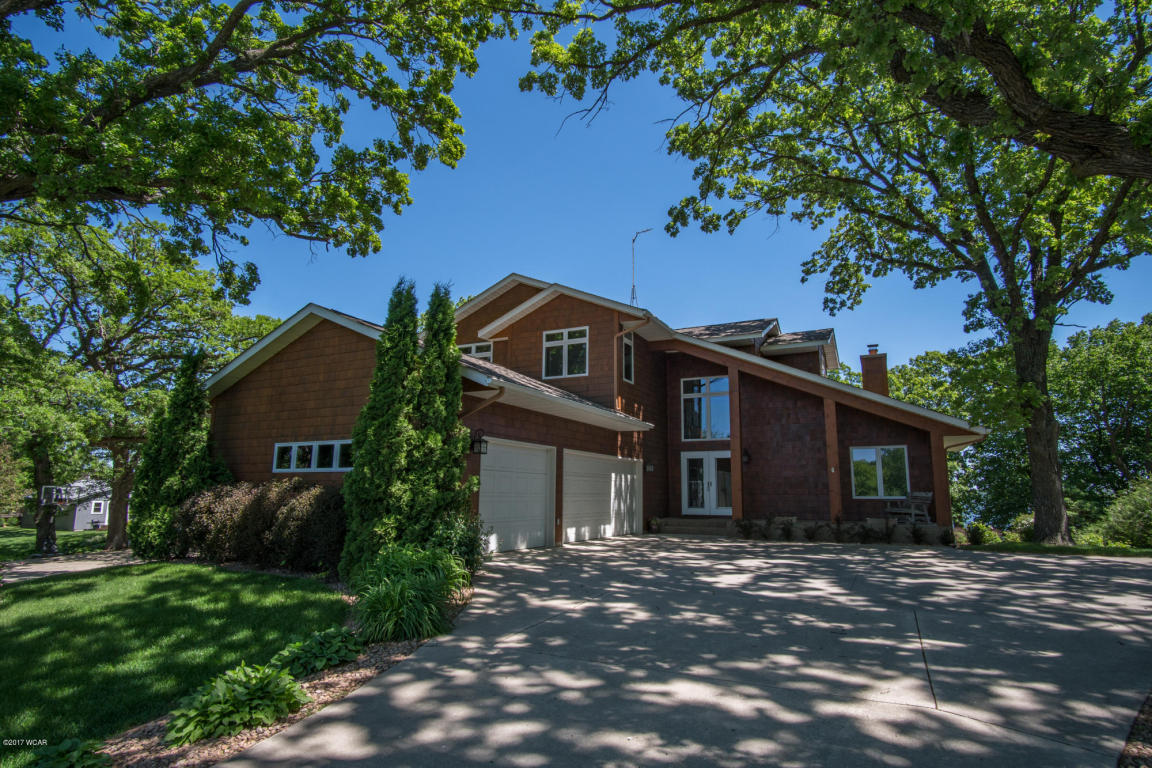 1120 S Andrew Dr NW, New London, MN 56273