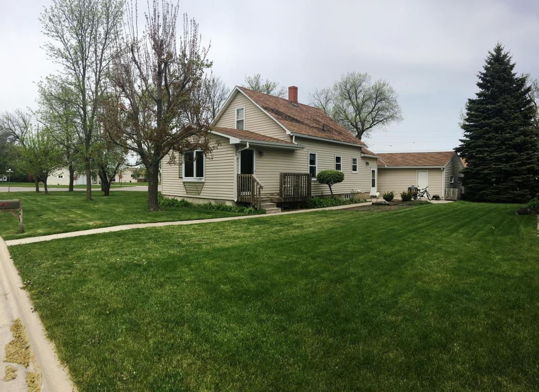 Photo of 411 8th Street  Canby  MN