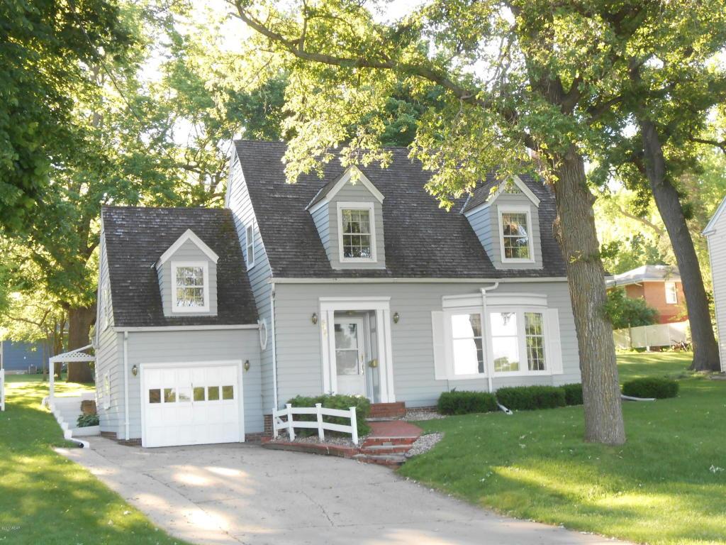 Photo of 545 Woodland Avenue  Fairmont  MN