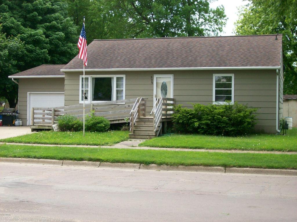 Photo of 509 E Ciro Street  Truman  MN