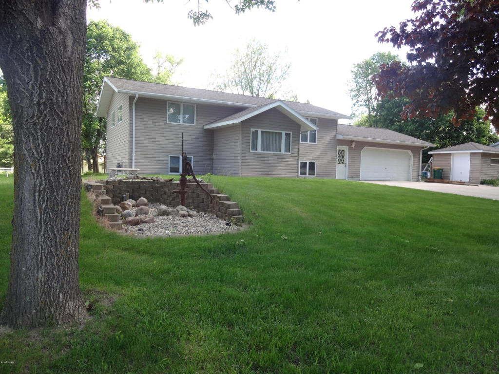Photo of 321 E Division Street  Ivanhoe  MN