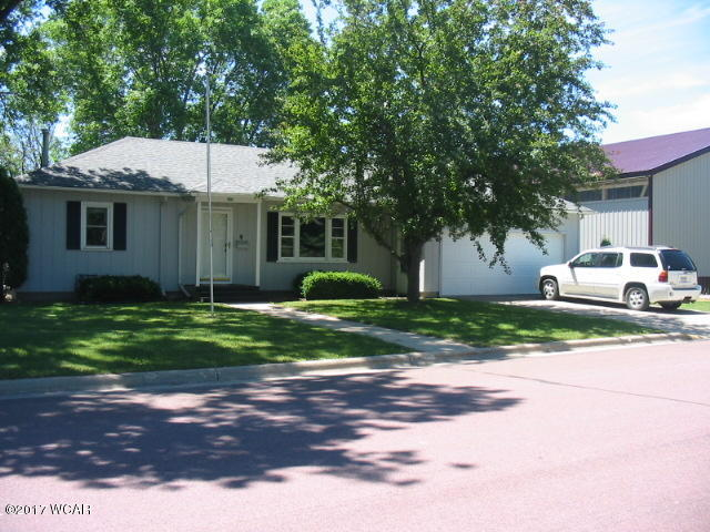 Photo of 605 E 1st Street  Truman  MN