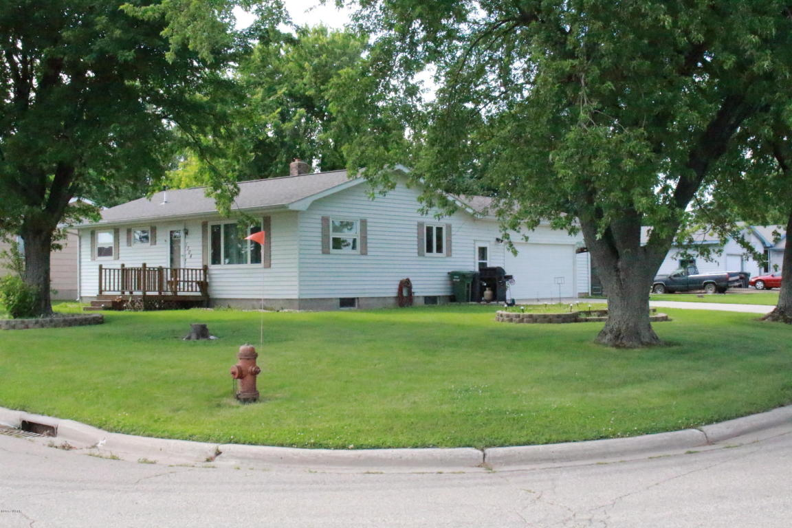 Photo of 1304 6th Avenue  Brewster  MN