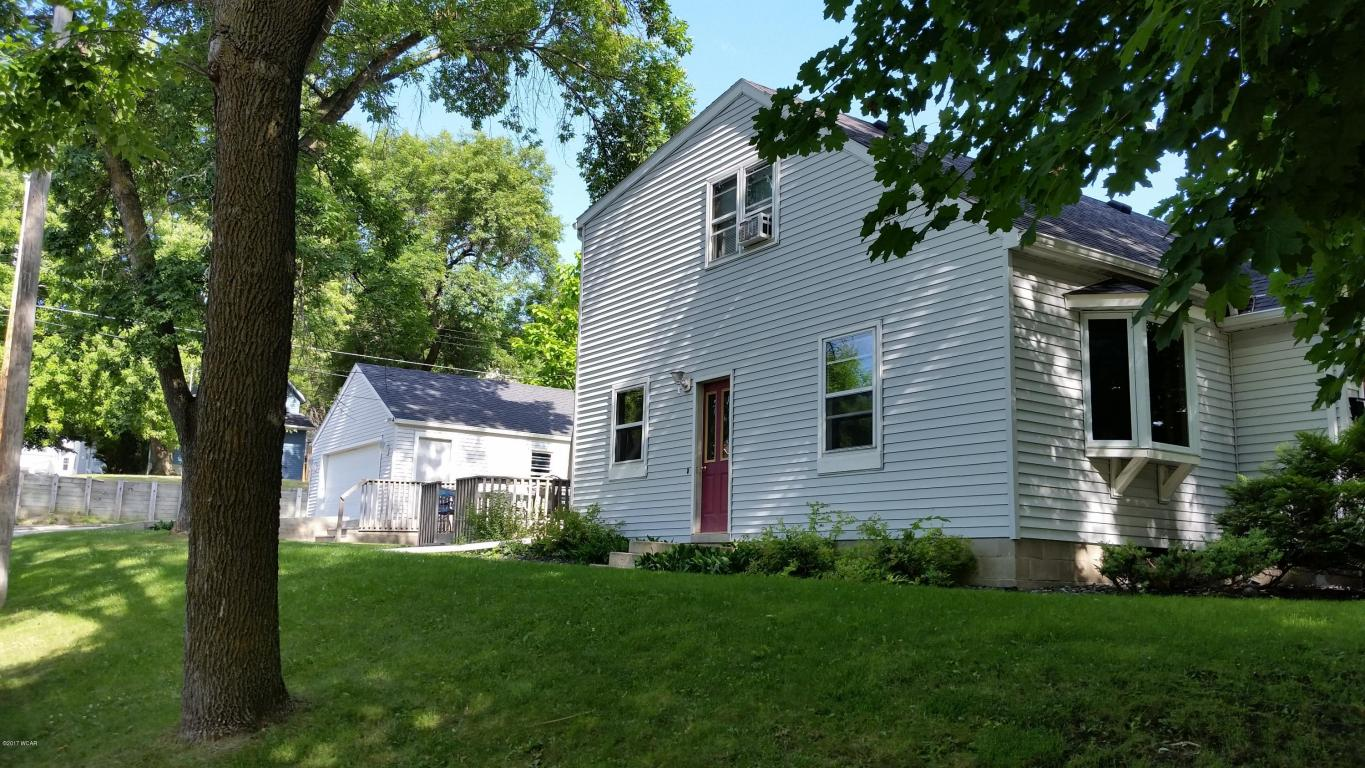 Photo of 121 S 10th Street  Montevideo  MN