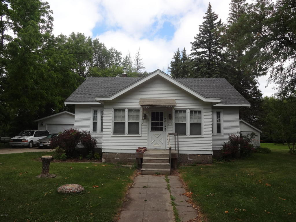 Photo of 402 E Lincoln Street  Hendricks  MN