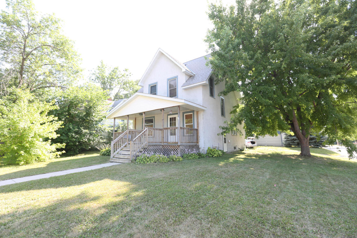 Photo of 621 2nd Avenue  Madison  MN