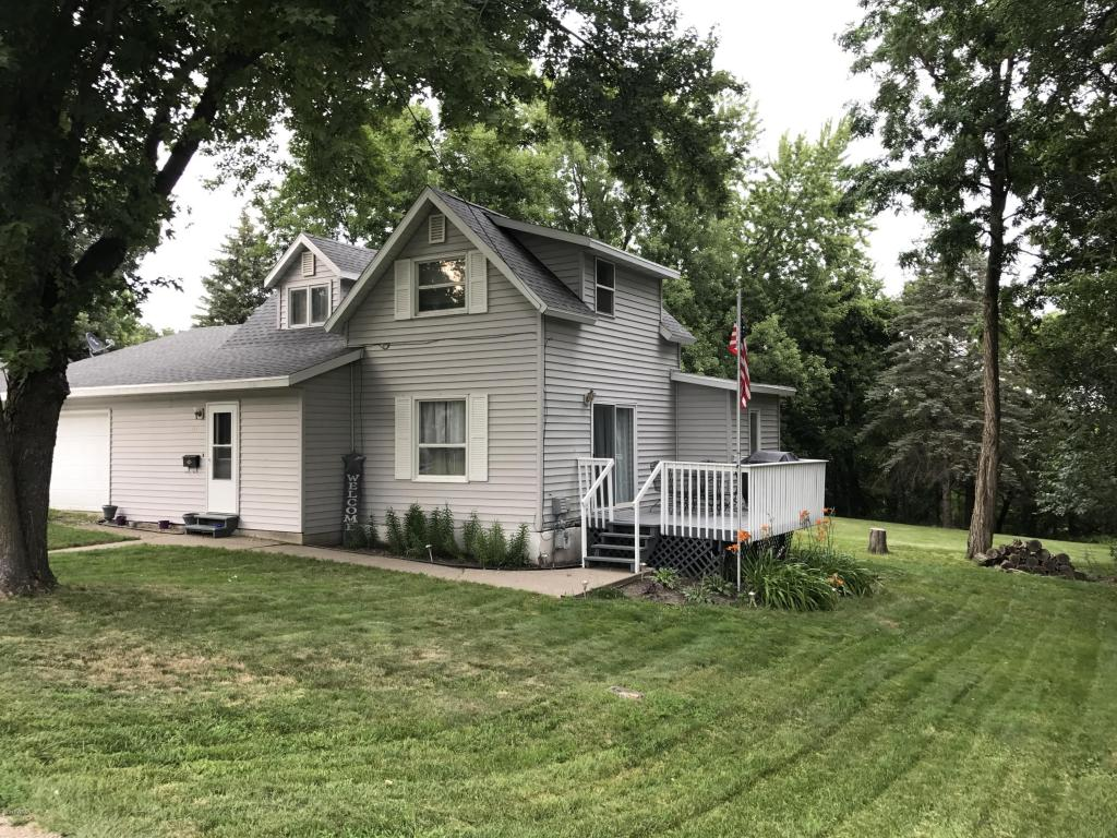 Photo of 213 W Middle Street  Redwood Falls  MN
