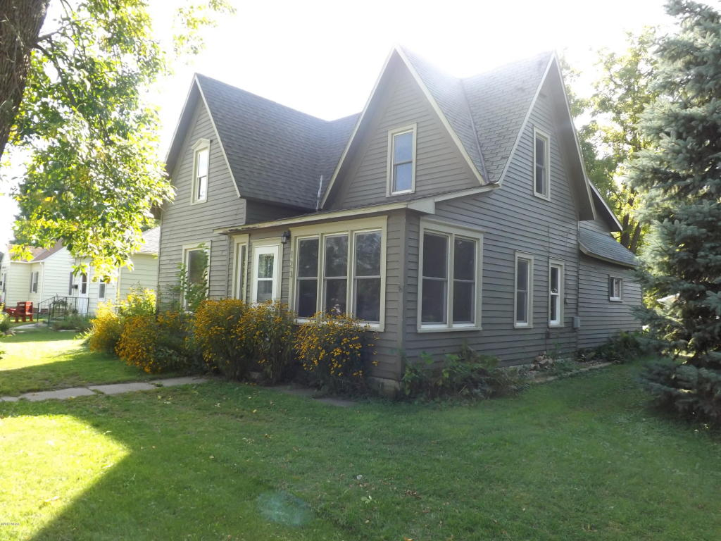 Photo of 123 1st Avenue  Madison  MN