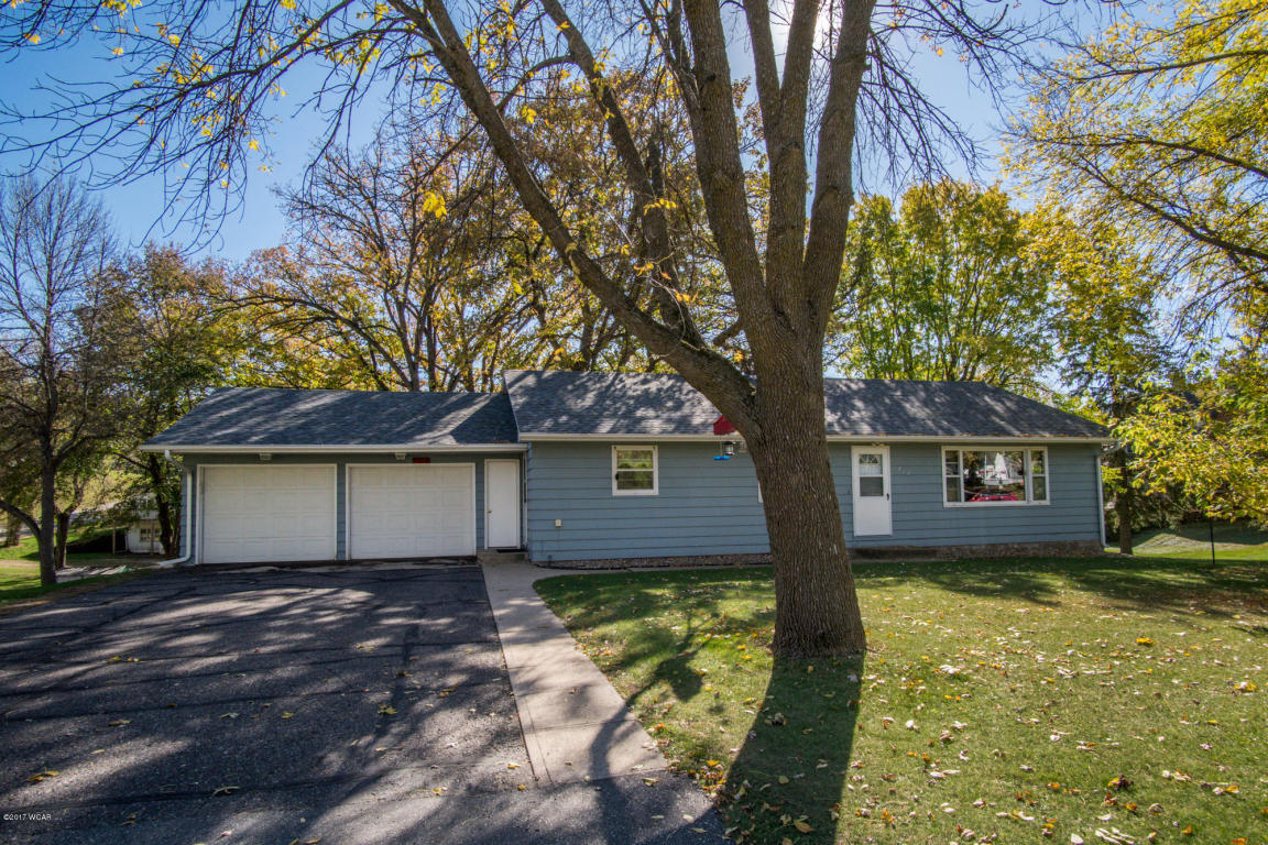 Photo of 212 1st Avenue  New London  MN