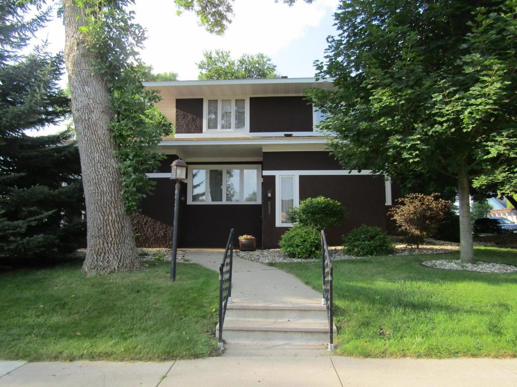 785 Chestnut Street Dawson, MN 56232