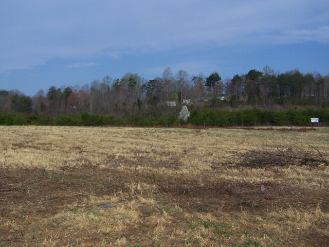 16.69 acres Elkin, NC