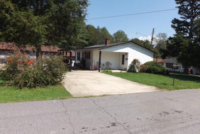 Photo of 604 S Spruce St  Wilkesboro  NC