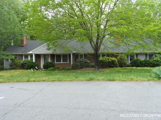 Photo of 332 Forest Hills Dr  N Wilkesboro  NC