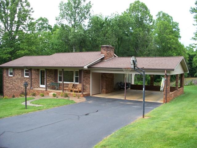 Photo of 1167 Oak Grove Church Rd  Millers Creek  NC