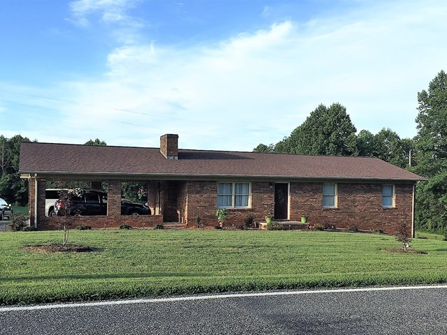 Photo of 1672 Huffman Fork Rd  Purlear  NC