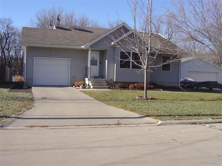 303 Wood St, Webster City, IA 50595
