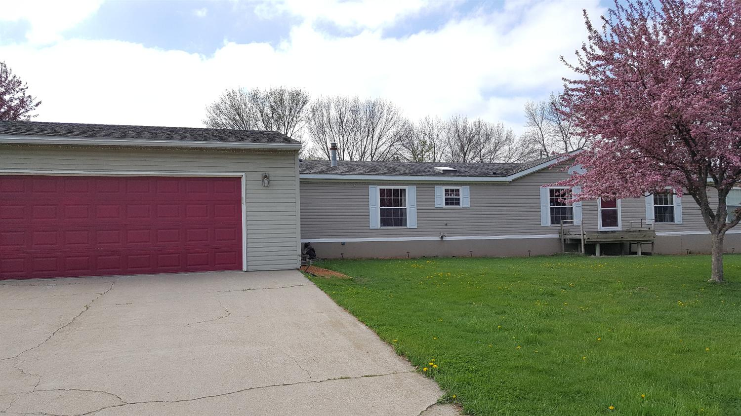 Photo of 305 South Walnut Street  Eagle Grove  IA