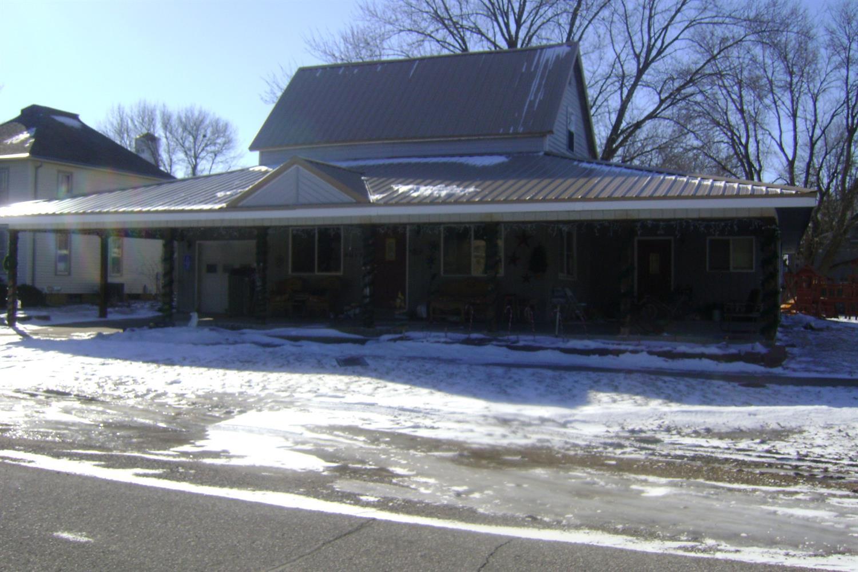 635 Elm St, Kamrar, IA 50132