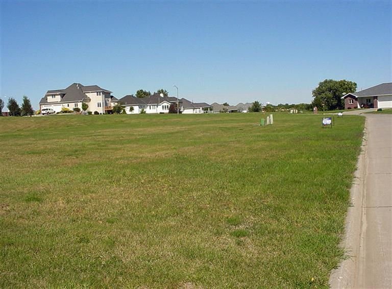 primary photo for 0 Ridgeway Dr. - Lot 4, Harlan, IA 51537, US