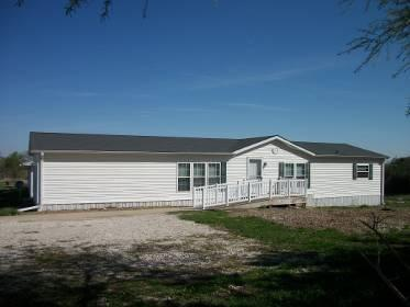 2594 South Main Loop, Denison, IA 51442 listhub For Sale
