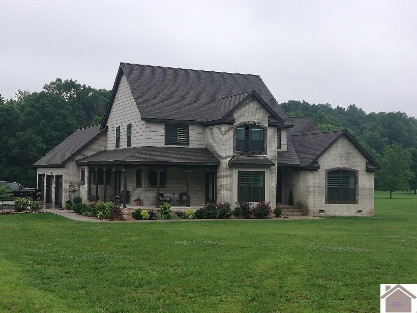 203 Country Club Dr, Benton, Kentucky