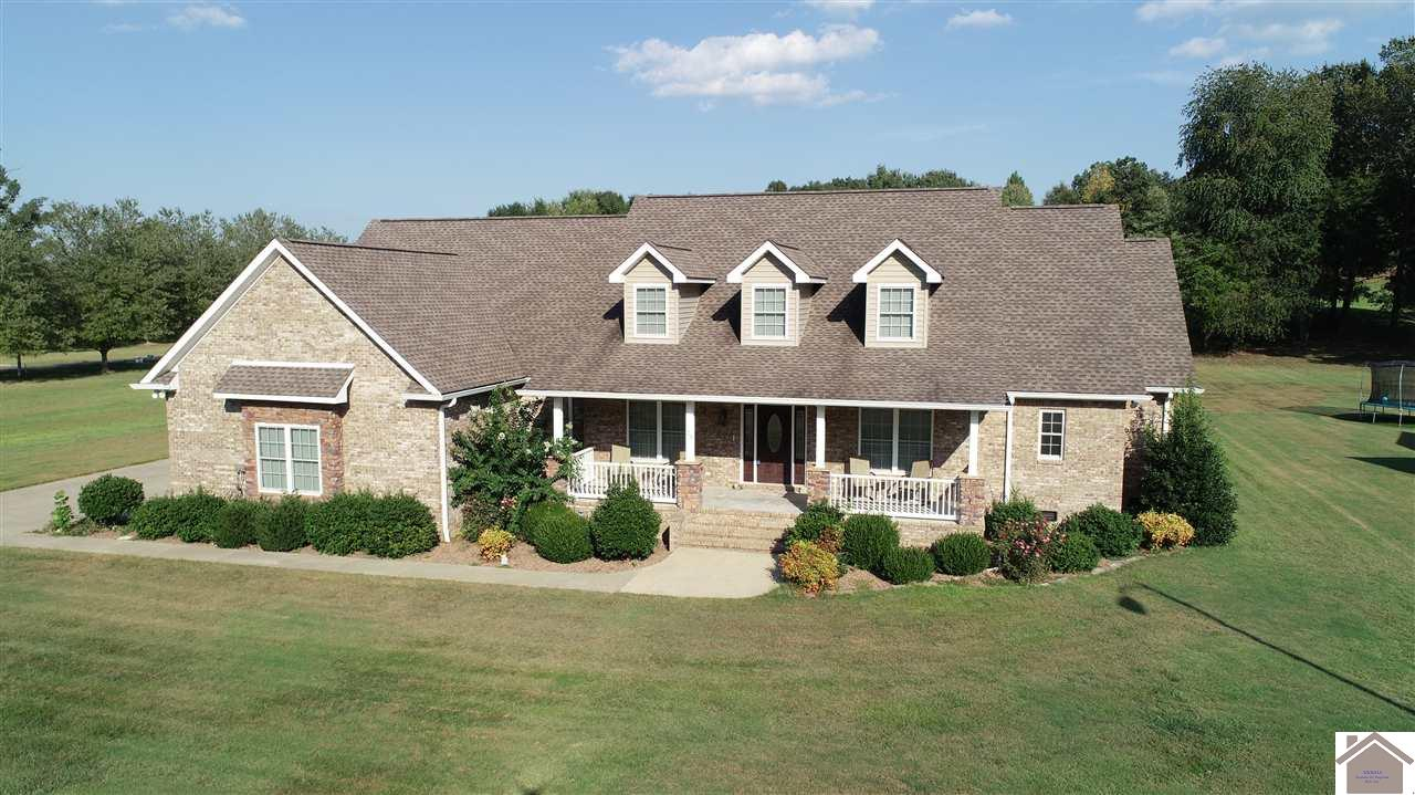 25 Fairway Dr, Benton, Kentucky