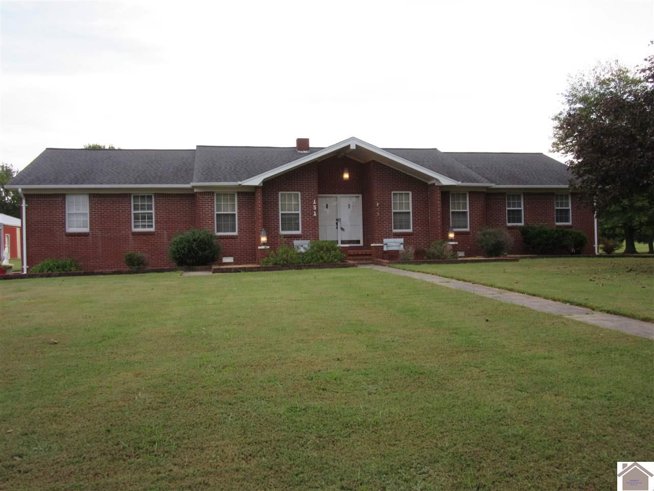 151 Prairie, Mayfield, Kentucky