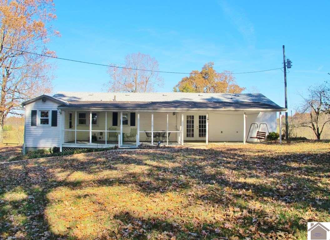 1497 ST RT 819, one of homes for sale in Kuttawa