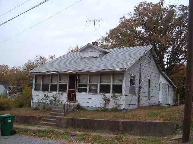 Photo of 352 Cumberland St  Wickliffe  KY