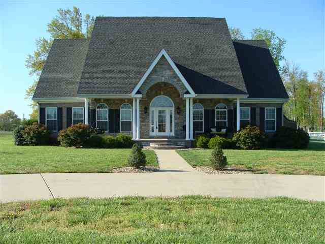 583 Squire Rd, Murray, KY 42071