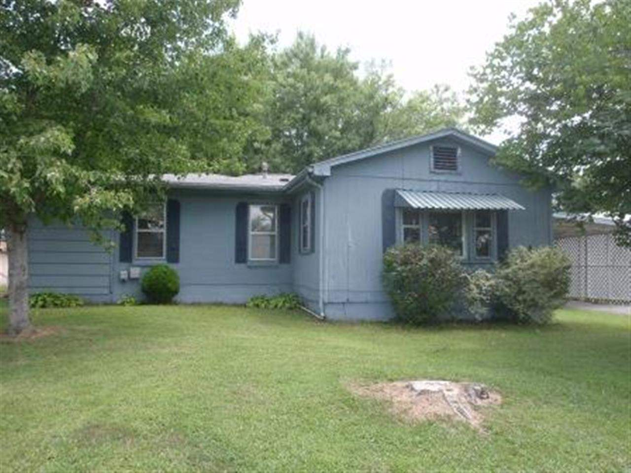 Rental Homes for Rent, ListingId:25122144, location: 587 S Main St Calvert City 42029