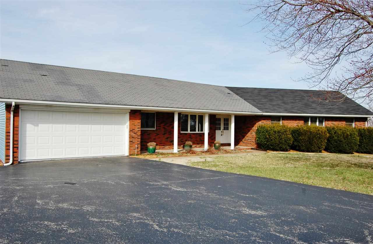 109 Briarwood Dr, Marion, KY 42064