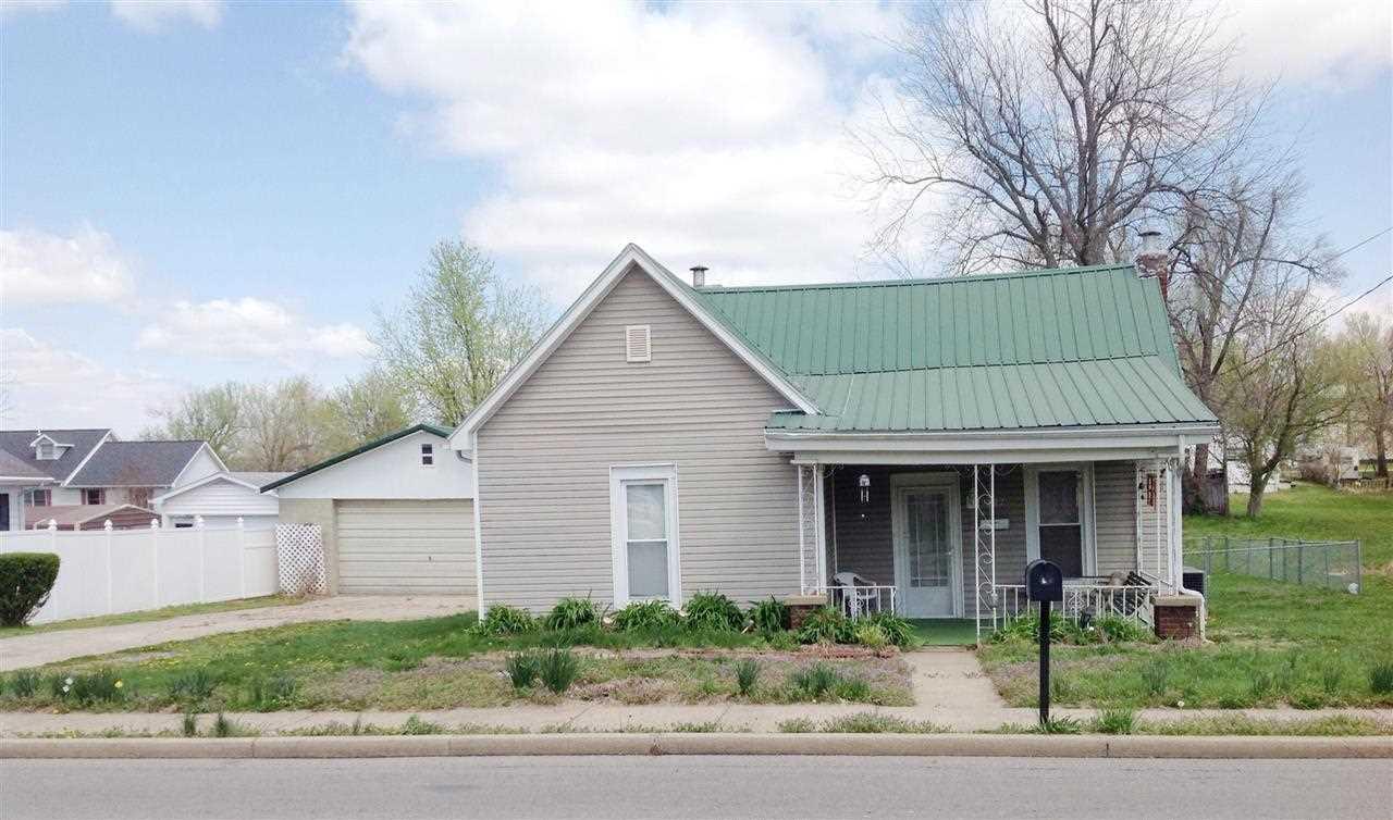 527 E Depot St, Marion, KY 42064
