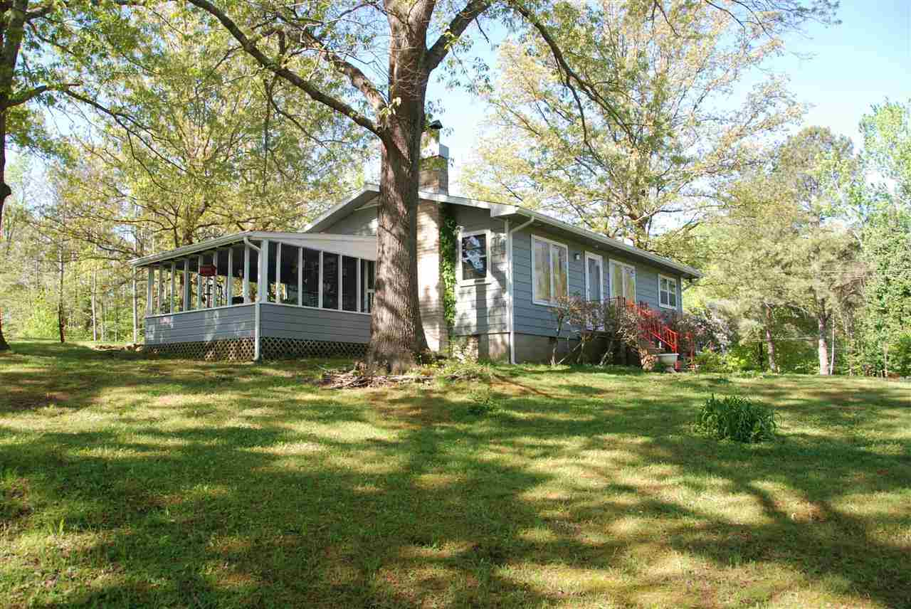 754 Lakeway Dr, Murray, KY 42071