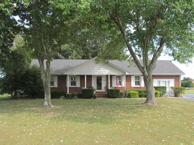 216 Countryside Dr, Murray, KY 42071