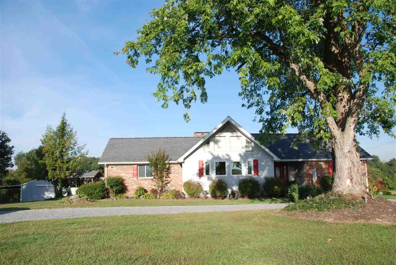 1831 Coopertown Rd, Murray, KY 42071