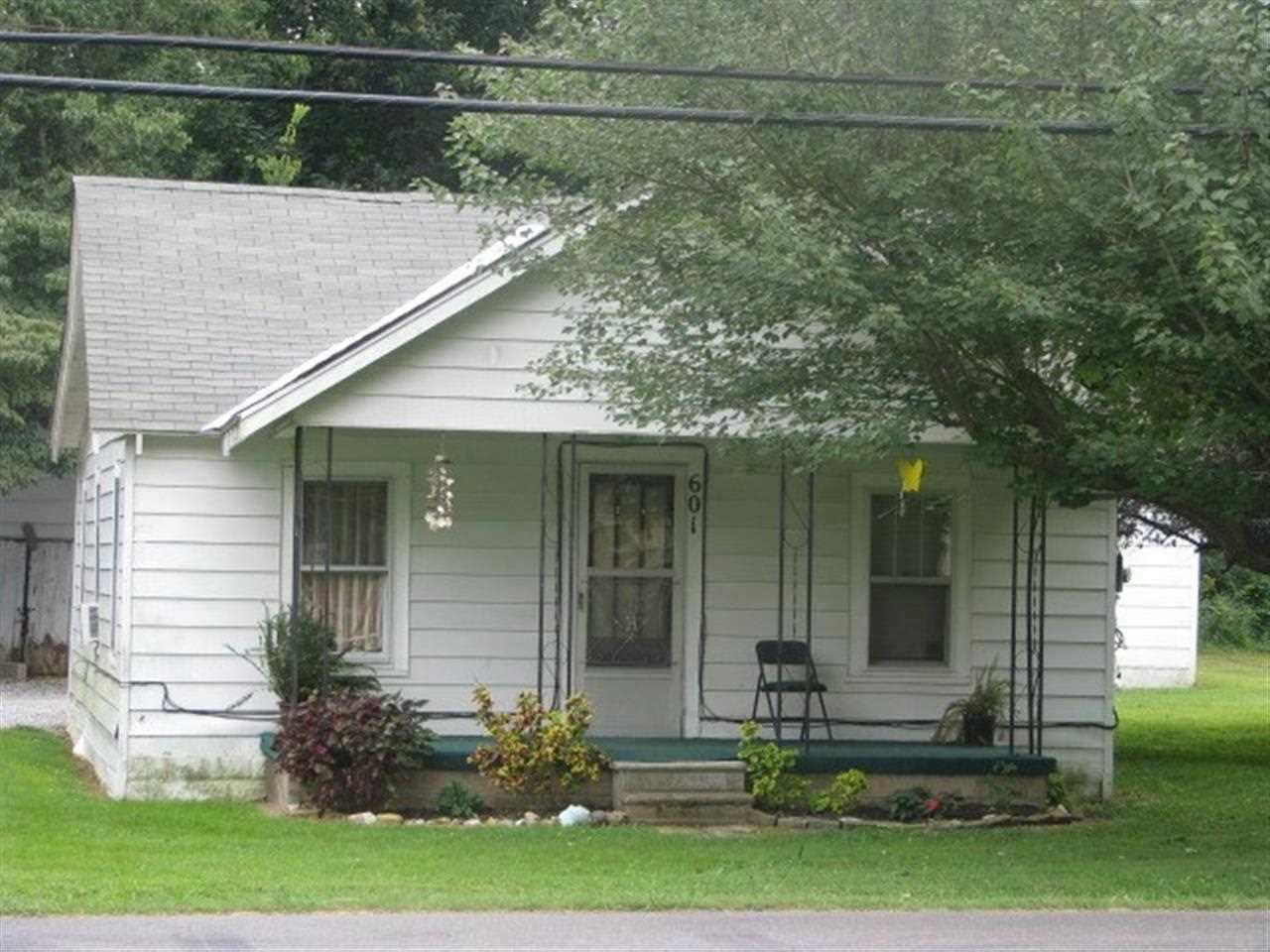 Rental Homes for Rent, ListingId:30294843, location: 601 W 8th St. Benton 42025