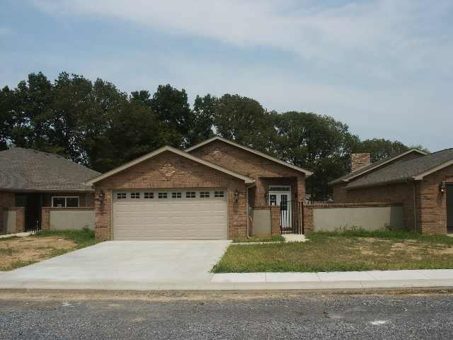 Rental Homes for Rent, ListingId:30342212, location: 6 Gate Circle South Murray 42071