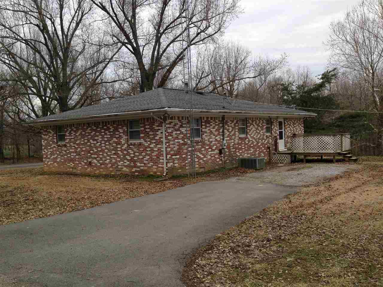 Image of Residential for Sale near Clinton, Kentucky, in Hickman county: 2.28 acres