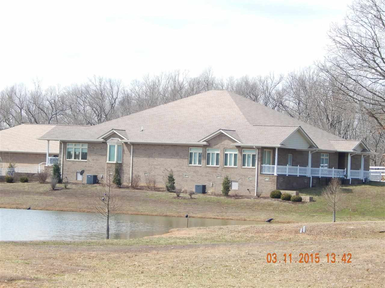 Kentucky waterfront property in lake barkley kentucky for Barkley and associates