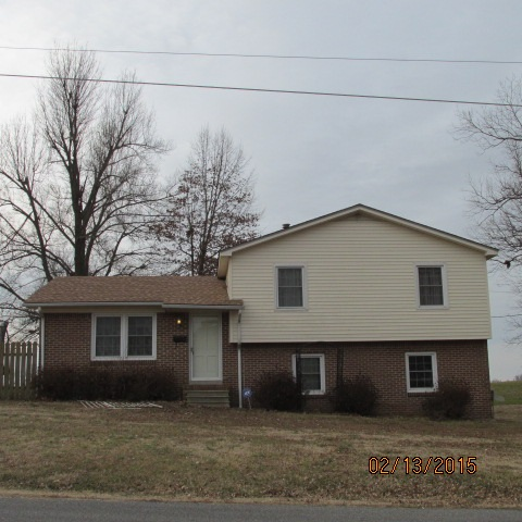 Photo of 419 PECAN DR  Clinton  KY