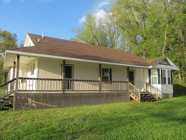 Image of Residential for Sale near Clinton, Kentucky, in Hickman county: 5.00 acres