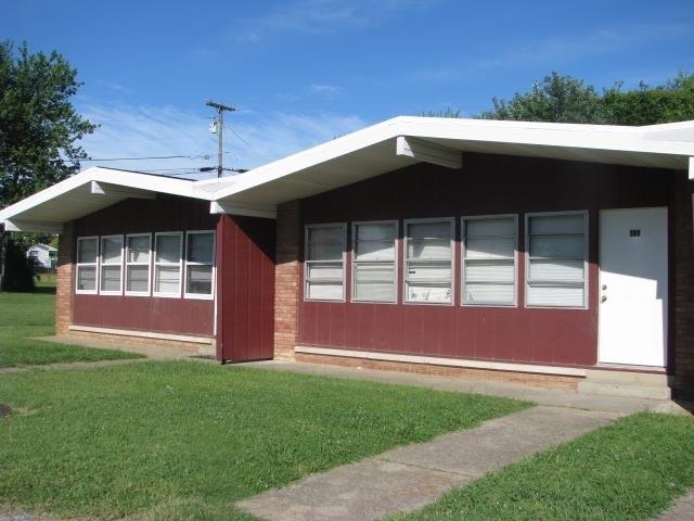 Rental Homes for Rent, ListingId:36193189, location: 843 East 6th Avenue Calvert City 42029