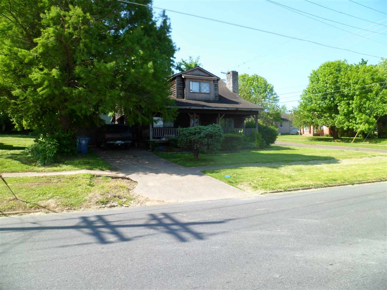 Photo of 242 W college  Mayfield  KY