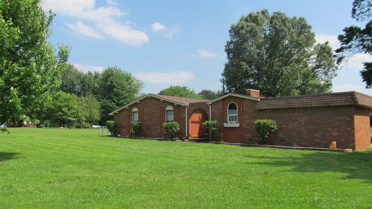 3239 State Route 121 S, Murray, KY 42071