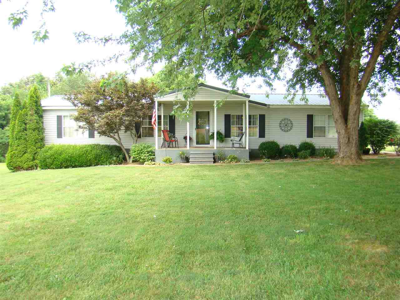 Photo of 1735 Gholson Road  West Paducah  KY