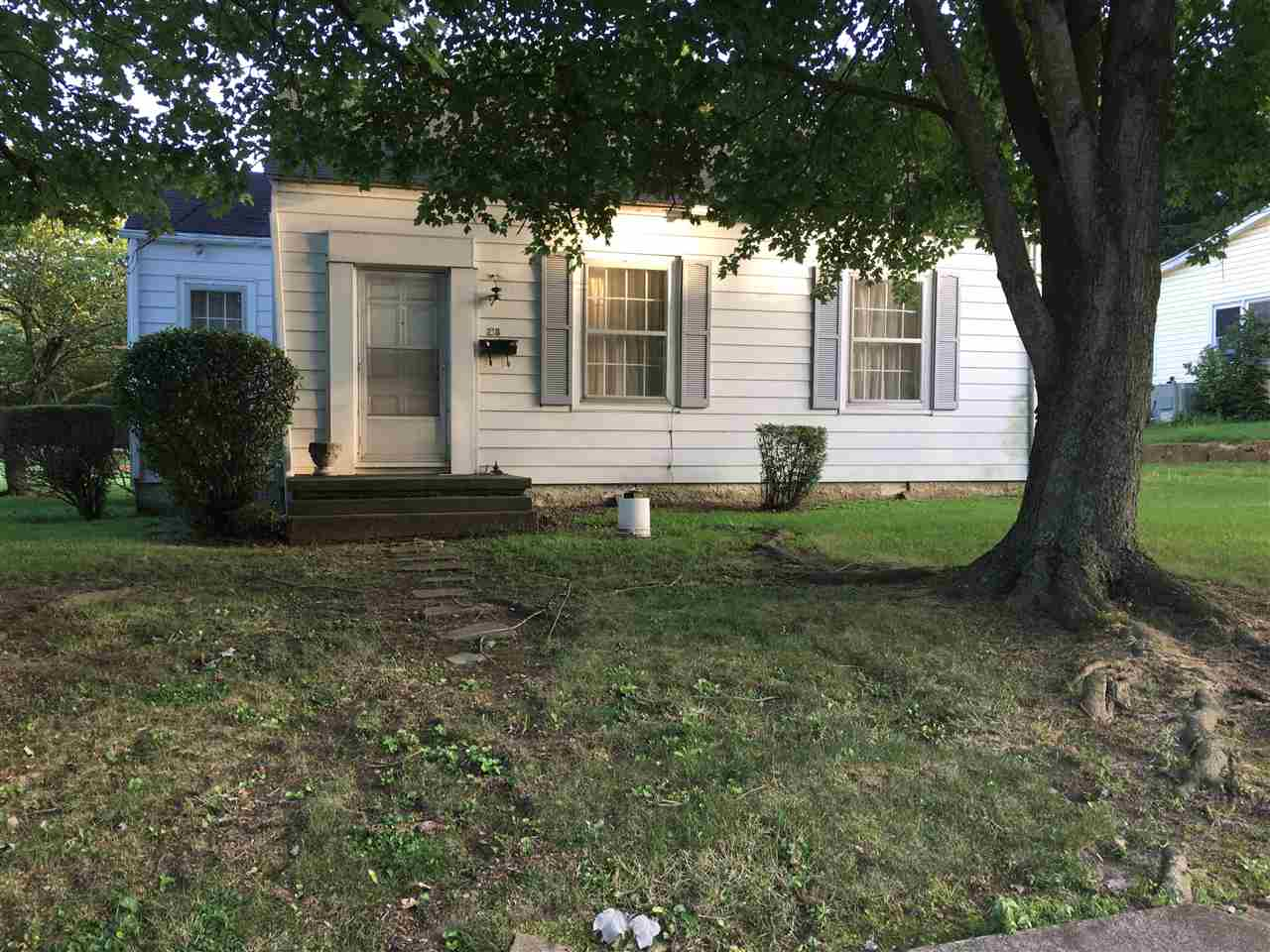 Photo of 218 W College  Mayfield  KY