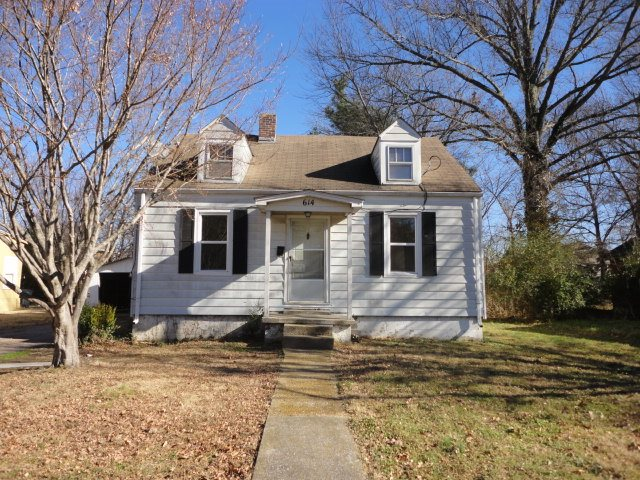 Photo of 614 S 8th Street  Mayfield  KY